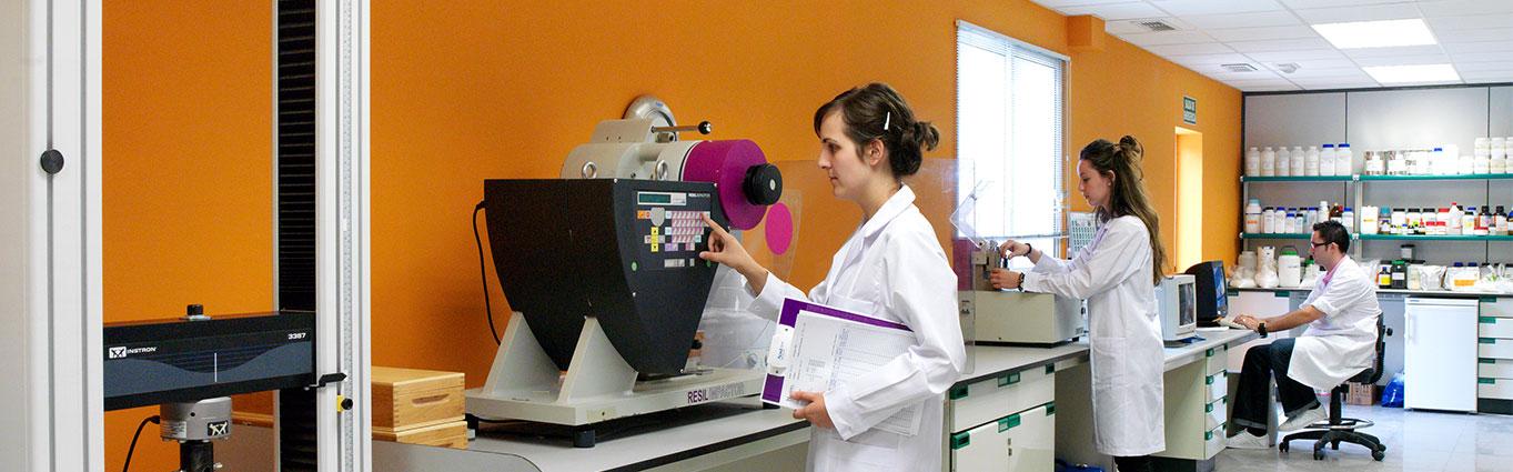 Laboratorio NUREL 2005 Historia